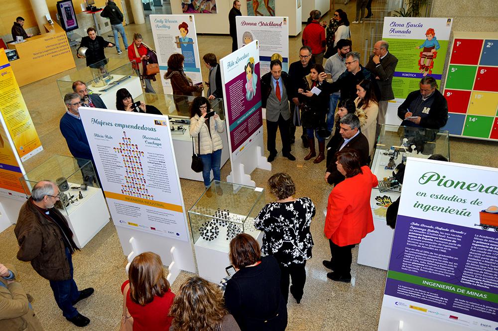 Inauguración Exposición Mujeres Ingeniosas