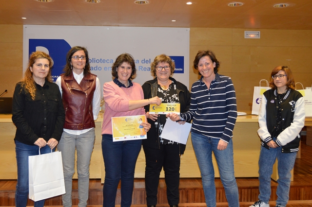 Primer premio UCLM - Cómic Mujeres Ingeniosas