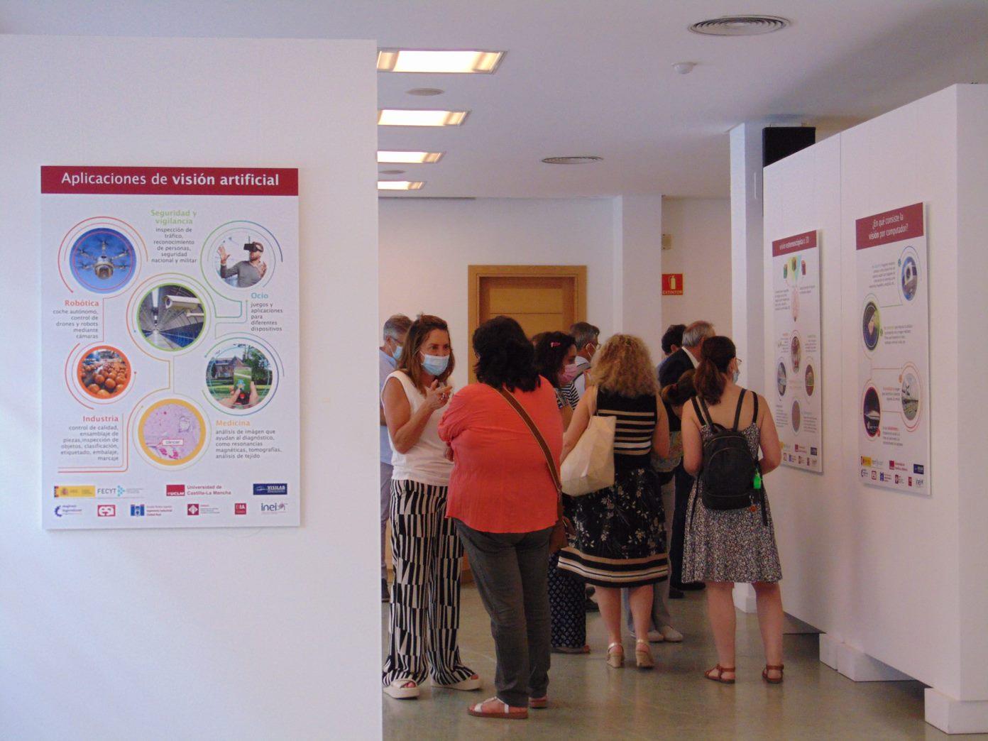 Inauguración Mujeres Ingeniosas y visión por Computador Sala Acua